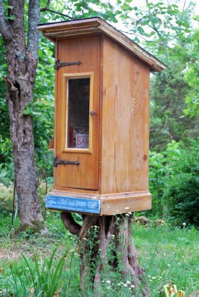 Littlefreelibrary2
